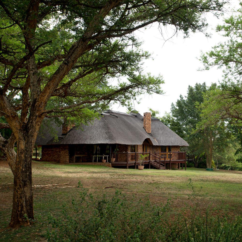 Kruger Park Lodge Exterior Chalets